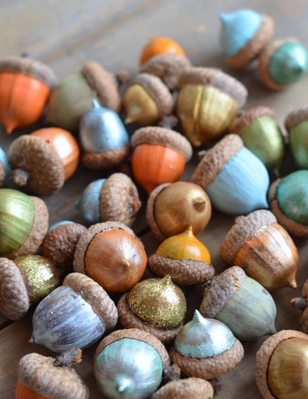 painted-acorns
